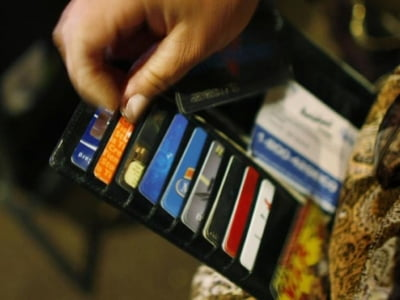 Hướng dẫn các cách rút tiền thẻ tín dụng đơn giản