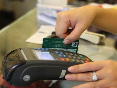 Đáo hạn thẻ tín dụng tại quận Tân Phú