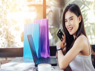 Dịch vụ rút tiền thẻ tín dụng huyện Hóc Môn