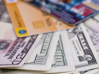 Rút tiền thẻ tín dụng giá rẻ tại TPHCM