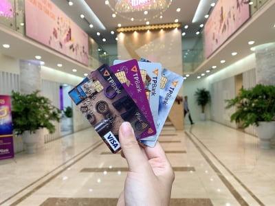 Rút tiền thẻ tín dụng online, có nên hay không?
